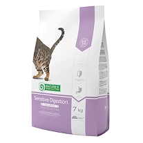 a Natures Protection Sensitive Digestion 7 kg.